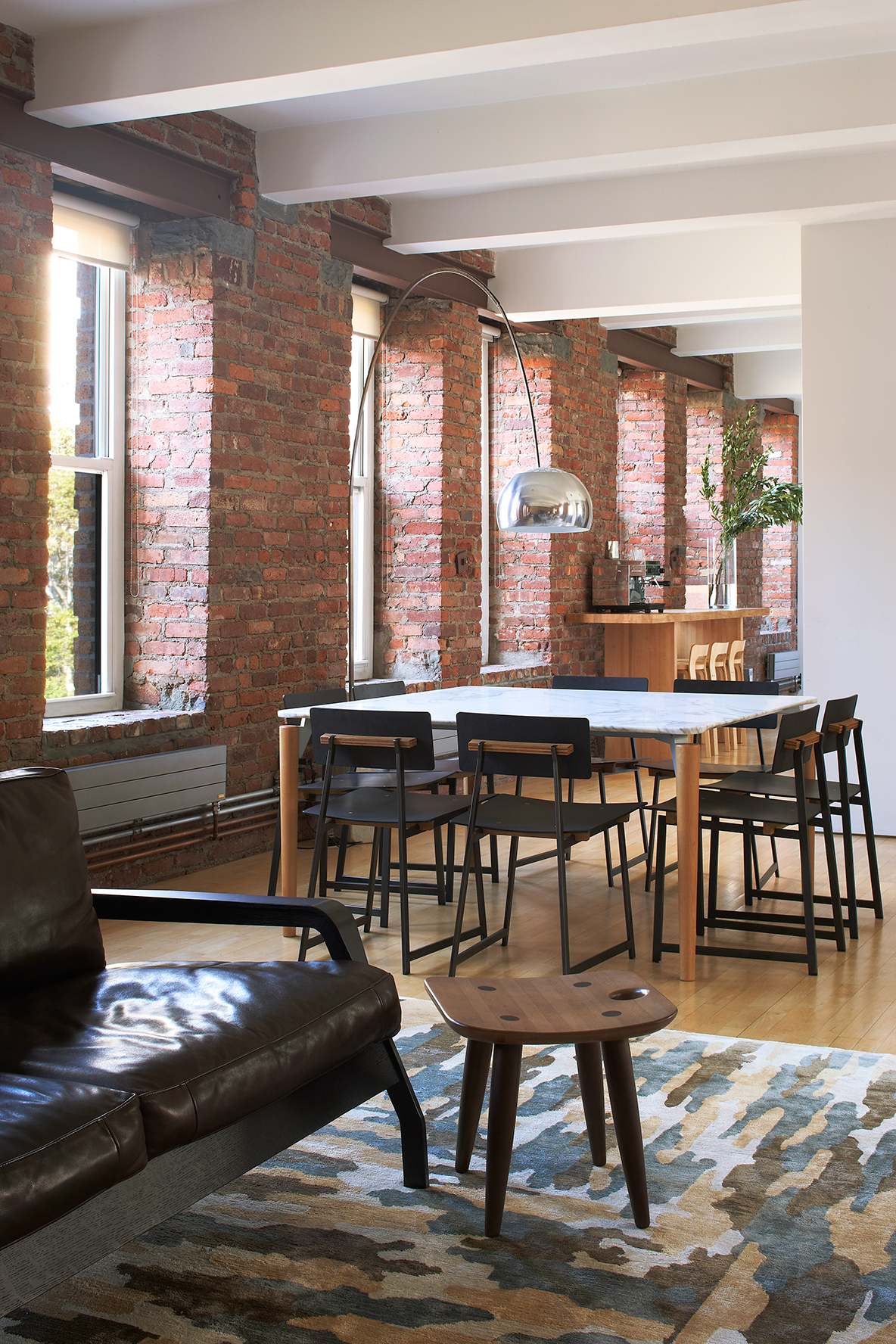 magdalena-keck-chinatown-loft-dining-area